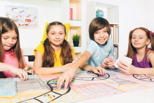 criancas-jogando